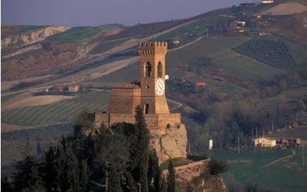 Discovering Faenza and Brisighella on your bike